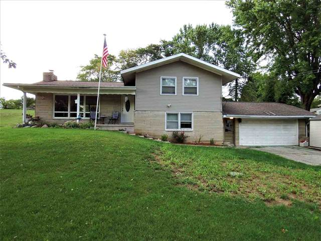2315 E Monroe Pike, Marion, IN 46953 (MLS #202042194) :: Parker Team