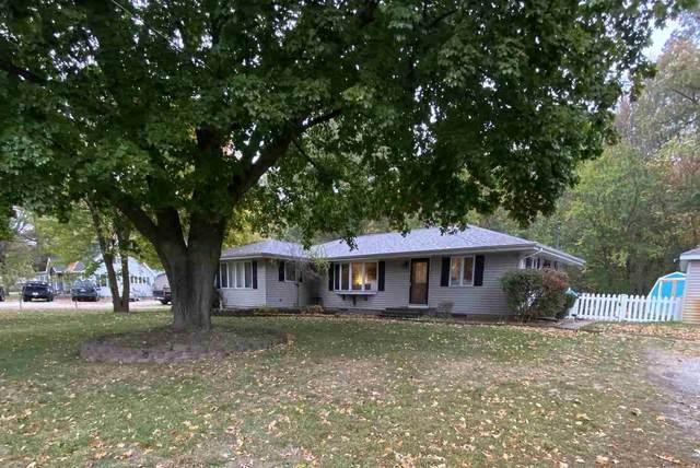 20860 N Lake Drive Drive, Walkerton, IN 46574 (MLS #202042224) :: Parker Team