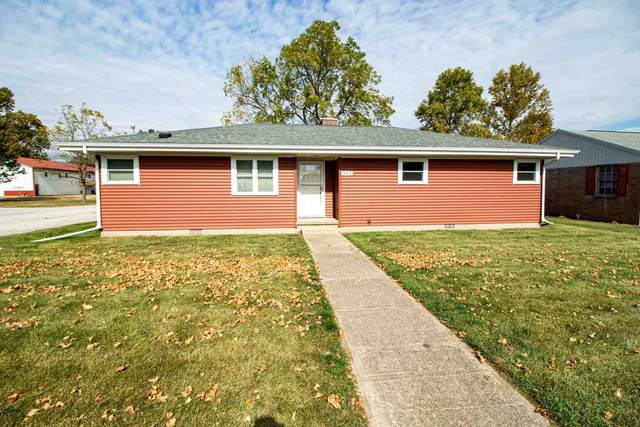 302 E Earl Street, Chalmers, IN 47929 (MLS #202042282) :: Parker Team