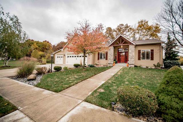 977 E Deer Path, Columbia City, IN 46725 (MLS #202042356) :: TEAM Tamara