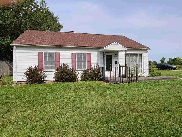 1014 Elmhurst Drive, Kokomo, IN 46901 (MLS #202042367) :: Hoosier Heartland Team | RE/MAX Crossroads