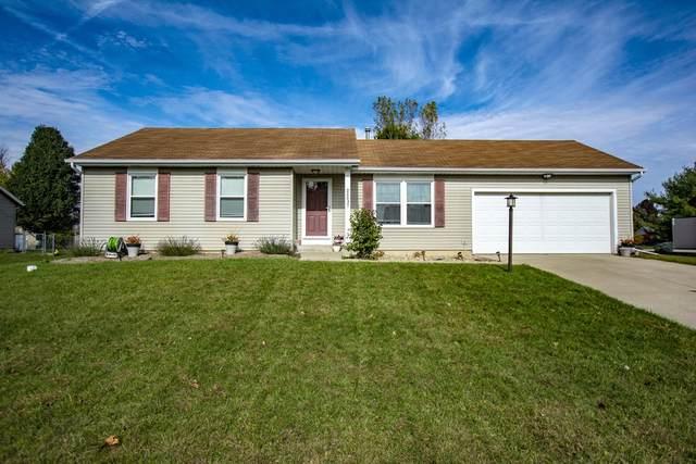 26037 Quail Ridge Drive, Elkhart, IN 46514 (MLS #202042512) :: Parker Team