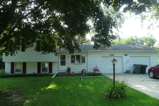 51556 Forestbrook Avenue, South Bend, IN 46637 (MLS #202042795) :: Anthony REALTORS