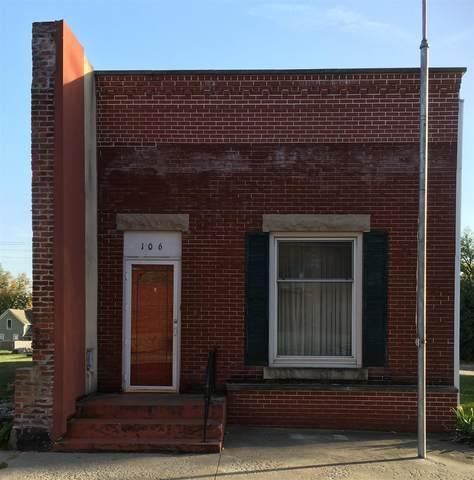 106 W Mcconnell Street, Oxford, IN 47971 (MLS #202042826) :: The Romanski Group - Keller Williams Realty