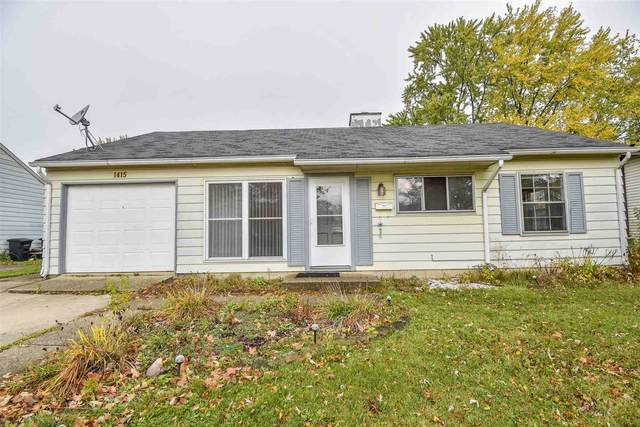 1415 Sycamore Drive, Fort Wayne, IN 46825 (MLS #202042869) :: The Dauby Team