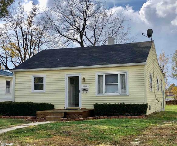 2312 S Selby Street, Marion, IN 46953 (MLS #202043056) :: The Romanski Group - Keller Williams Realty