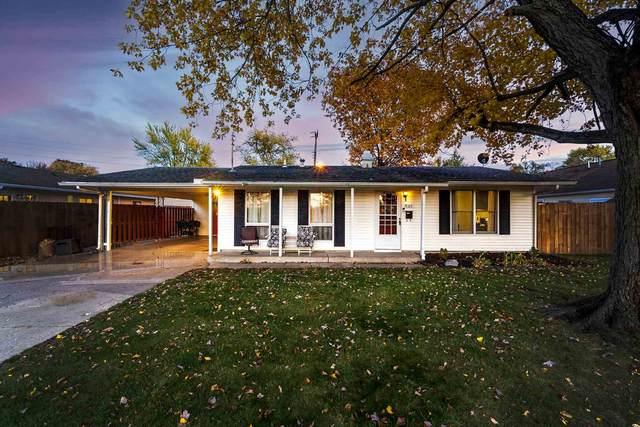 905 Rochelle Drive, Lafayette, IN 47909 (MLS #202043213) :: The Romanski Group - Keller Williams Realty
