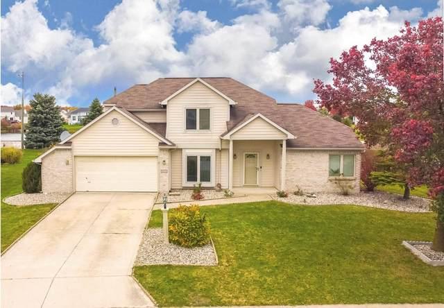 14722 Bitternut Lane, Fort Wayne, IN 46814 (MLS #202043300) :: The ORR Home Selling Team