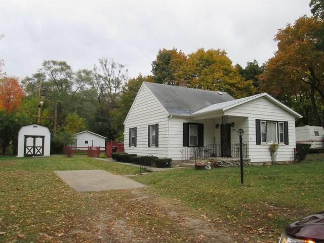 19913 Adams Road, South Bend, IN 46637 (MLS #202043333) :: The ORR Home Selling Team