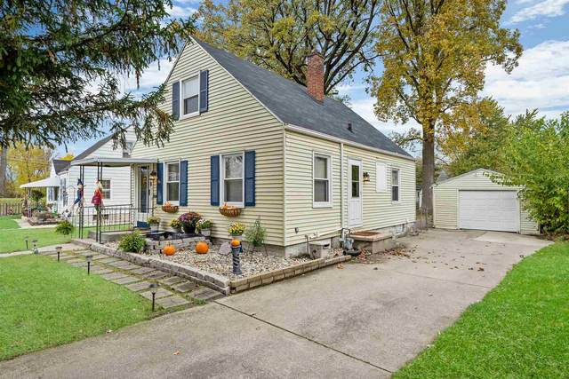 1516 Waldron Circle, Fort Wayne, IN 46807 (MLS #202043334) :: The ORR Home Selling Team