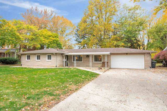 205 Orchard Lane, Kokomo, IN 46901 (MLS #202043448) :: Parker Team