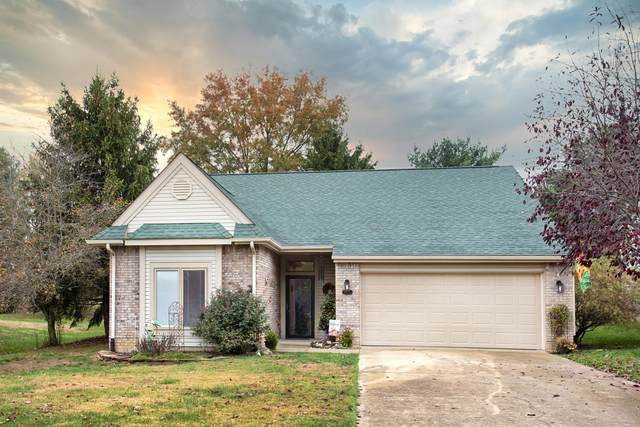 9125 S Front Nine Drive, Bloomington, IN 47401 (MLS #202043701) :: The ORR Home Selling Team