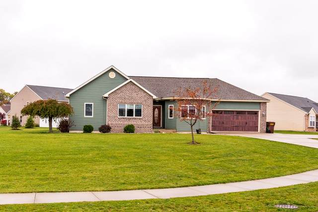 5371 Kodiak Trail, Auburn, IN 46706 (MLS #202043726) :: The Natasha Hernandez Team