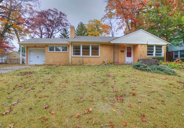 2220 Berkley Place, South Bend, IN 46616 (MLS #202043850) :: The ORR Home Selling Team