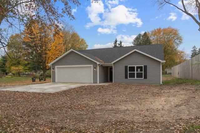 5212 Kyle Road, Fort Wayne, IN 46809 (MLS #202044016) :: The ORR Home Selling Team