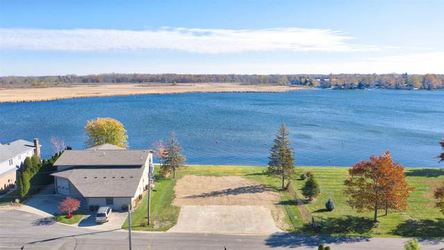 0 N Hiawatha Drive, Syracuse, IN 46567 (MLS #202044447) :: Parker Team