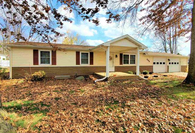 308 Twin Oaks Drive, Middlebury, IN 46540 (MLS #202045374) :: The ORR Home Selling Team