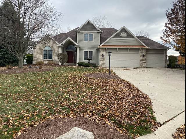 16312 Hawk Ridge Court, Harlan, IN 46743 (MLS #202045596) :: The Natasha Hernandez Team