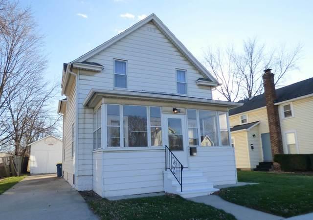 819 E 4th Street, Mishawaka, IN 46544 (MLS #202046284) :: Parker Team