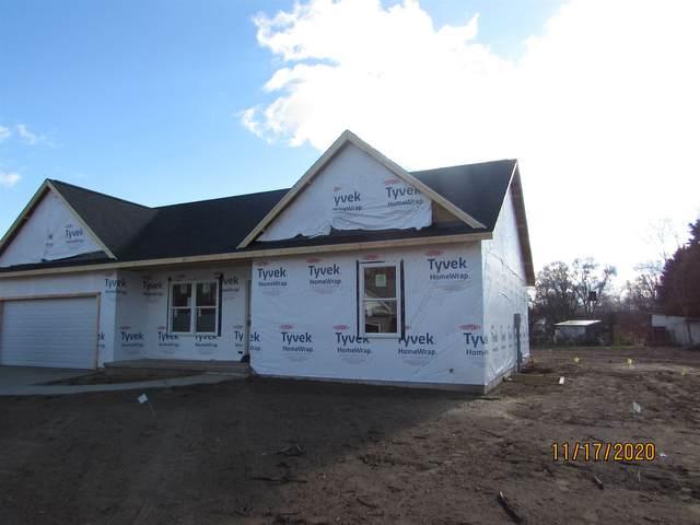 30274 Holben Woods Lane, Elkhart, IN 46516 (MLS #202046324) :: Hoosier Heartland Team | RE/MAX Crossroads