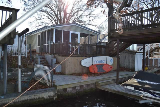 4313 E Penrod Drive, Monticello, IN 47960 (MLS #202046374) :: The Romanski Group - Keller Williams Realty