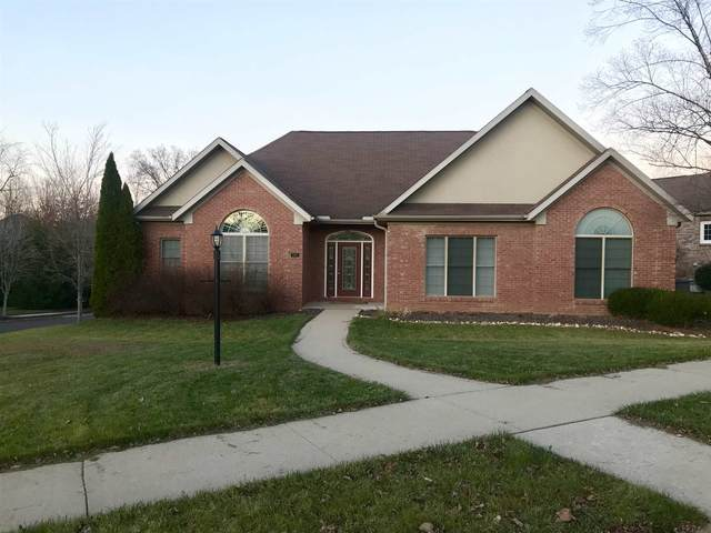 3805 E Regents Circle, Bloomington, IN 47401 (MLS #202046446) :: Aimee Ness Realty Group