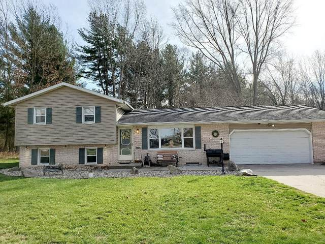 16069 Pretty Lake Road, Plymouth, IN 46563 (MLS #202046456) :: Hoosier Heartland Team | RE/MAX Crossroads