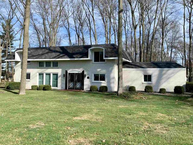 11090 Manor Drive, Plymouth, IN 46563 (MLS #202046473) :: Hoosier Heartland Team | RE/MAX Crossroads