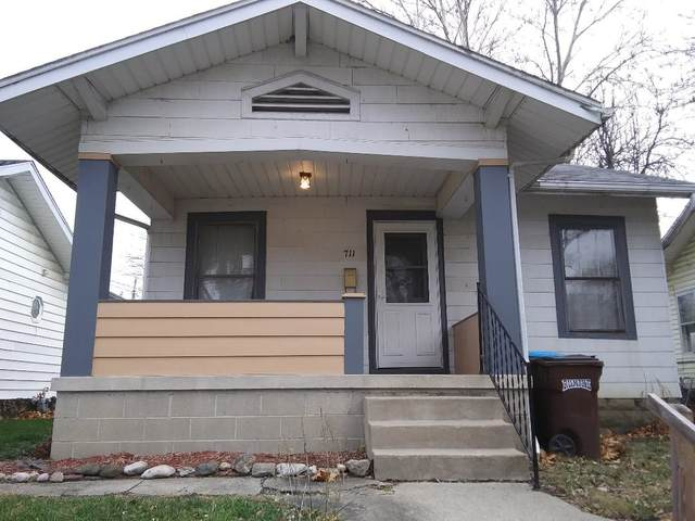 711 16Th Street, Logansport, IN 46947 (MLS #202046716) :: The Romanski Group - Keller Williams Realty