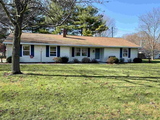 1412 Sunset Drive, North Manchester, IN 46962 (MLS #202047152) :: The Carole King Team