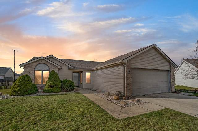 1133 Brittany Place, Fort Wayne, IN 46825 (MLS #202047229) :: Hoosier Heartland Team | RE/MAX Crossroads