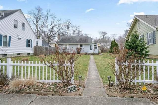 1222 Elmwood Avenue, Fort Wayne, IN 46805 (MLS #202047271) :: The ORR Home Selling Team
