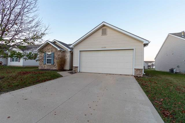 11121 La Fortuna Way, Roanoke, IN 46783 (MLS #202047656) :: Anthony REALTORS