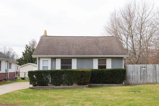 52347 Forestbrook Avenue, South Bend, IN 46637 (MLS #202048152) :: Aimee Ness Realty Group