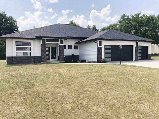5067 N Sawgrass Lane, Leesburg, IN 46538 (MLS #202048251) :: Aimee Ness Realty Group