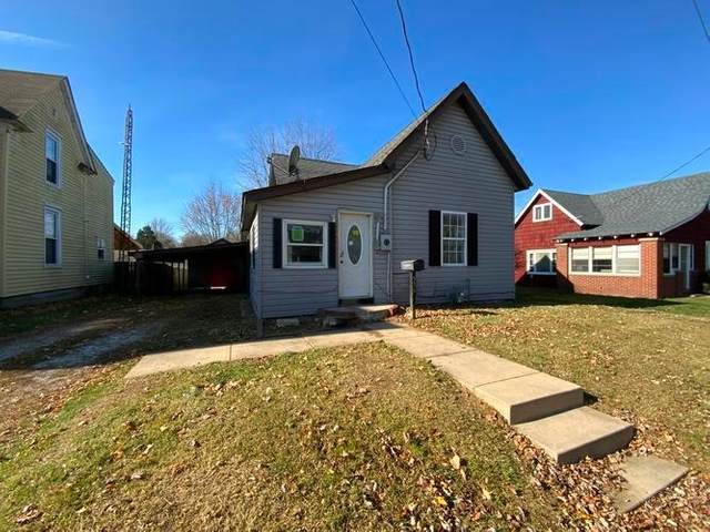 556 Sims Street, Frankfort, IN 46041 (MLS #202048354) :: The Romanski Group - Keller Williams Realty