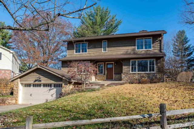 2525 S Round Hill Court, Bloomington, IN 47401 (MLS #202100389) :: Parker Team