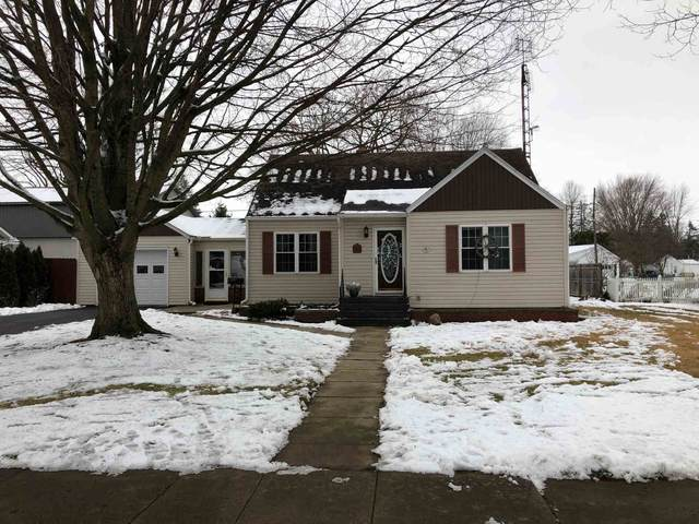 923 Jackson Boulevard, Rochester, IN 46975 (MLS #202100552) :: Hoosier Heartland Team | RE/MAX Crossroads