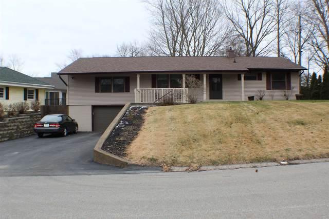 23 Highland Drive, Wabash, IN 46992 (MLS #202100590) :: The Romanski Group - Keller Williams Realty
