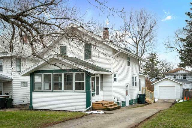 237 E Eckman Street, South Bend, IN 46614 (MLS #202100760) :: Aimee Ness Realty Group