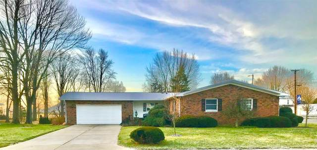 105 Holiday Drive, Greentown, IN 46936 (MLS #202101210) :: The Romanski Group - Keller Williams Realty