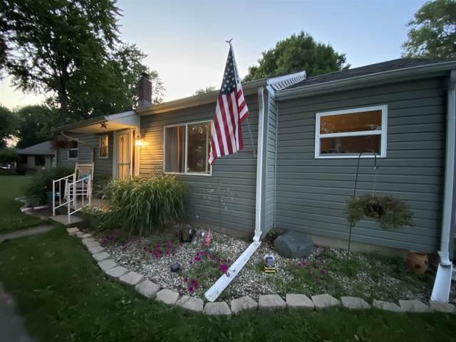 320 Edgewater Drive, Kokomo, IN 46902 (MLS #202101470) :: Aimee Ness Realty Group