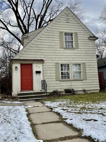 646 E Fairview Avenue, South Bend, IN 46614 (MLS #202101592) :: Parker Team