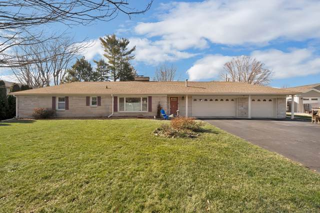 2915 Dellwood Drive, Kokomo, IN 46902 (MLS #202102130) :: The Romanski Group - Keller Williams Realty