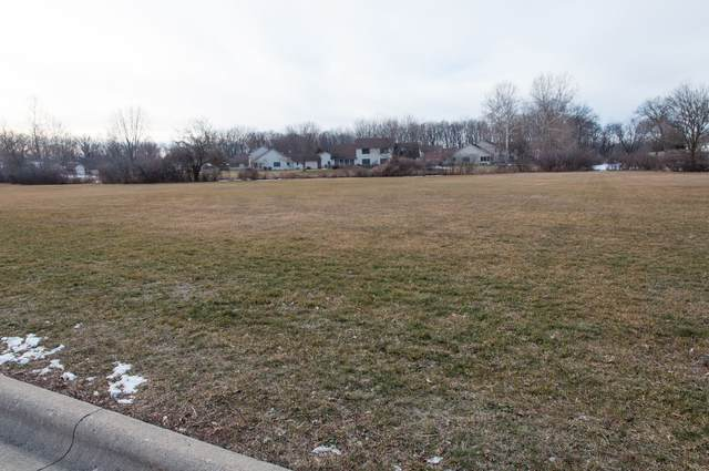 TBD Lot 8 Edgewater Drive, Warsaw, IN 46580 (MLS #202102398) :: Aimee Ness Realty Group