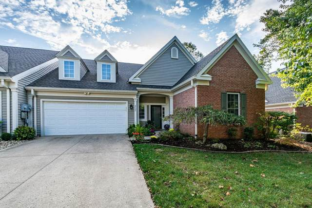 2737 S Silver Creek Drive, Bloomington, IN 47401 (MLS #202102460) :: The Dauby Team