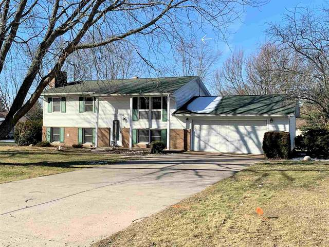 12782 Woodbury Drive, Plymouth, IN 46563 (MLS #202102539) :: The ORR Home Selling Team