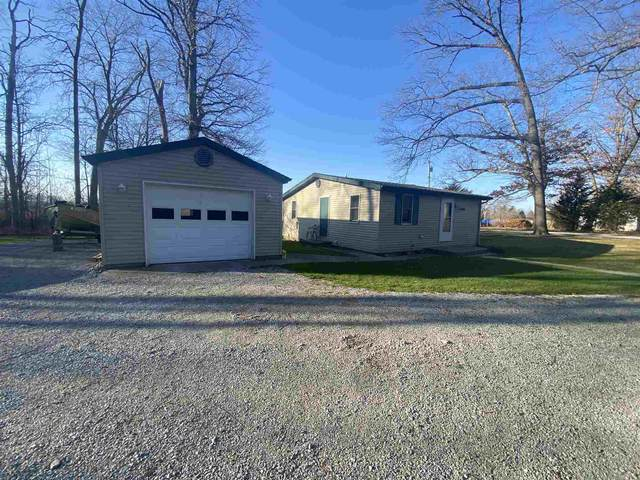 10416 N Green Avenue, Syracuse, IN 46567 (MLS #202102692) :: Parker Team