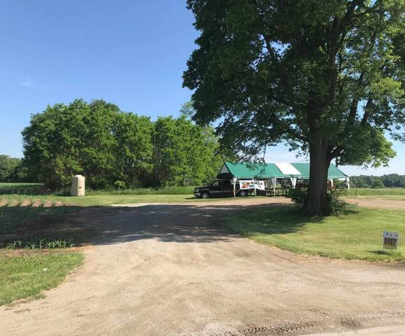 7780 E 500 N Road, North Webster, IN 46555 (MLS #202102694) :: Parker Team