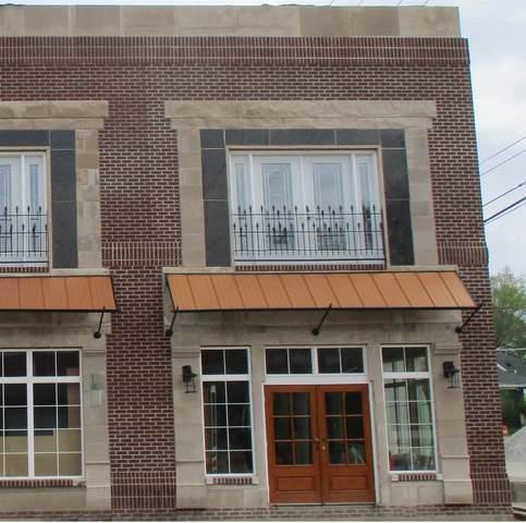 107 N Market Street, Kokomo, IN 46901 (MLS #202102796) :: The Romanski Group - Keller Williams Realty